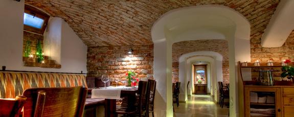 borpince - kuchnia węgierska w centrum warszawy